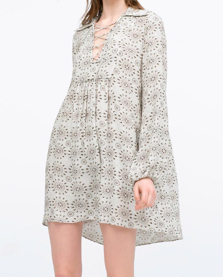 Vestido estampado de color gris